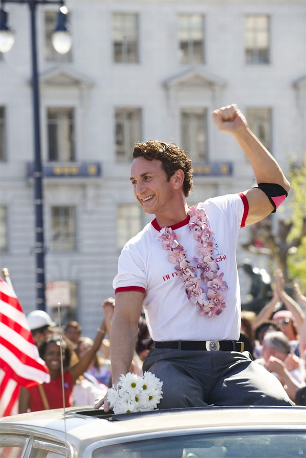 milk_movie_image_sean_penn_as_gay_rights_icon_harvey_milk.jpg